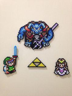 Legend of Zelda perler bead magnets. Made with mini perler beads. Perler Beads, Perler Bead Art, Link Pixel Art, Cute Kids Crafts, Perler Patterns, Bead Crafts, Legend Of Zelda, Beading Patterns, Creations