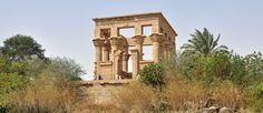 Templo de Philae: uma réplica do antigo centro de culto a Ísis  #Assuã #assuãegito #assuão #assuãoEgipto #circuitoEgipto #circuitosEgipto #Egipto #Egipto2015 #llhaAgilika #obeliscoinacabado #ondeélocalizadooegito #ondeestálocalizadooegito #philae #templodeÍsis #TemplodePhilae