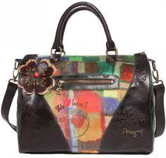 Desigual női táska | Desigual Webáruház | Neszeszerek, oldaltáskák Webáruház | Lifestyleshop.hu Glamour, Handbags, 2013, Html, Fashion, Walkway, Vienna, Backpacks, Bags