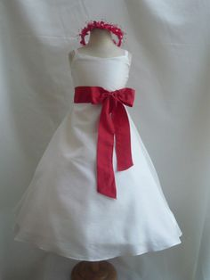 cute simple and adorable for flower girl