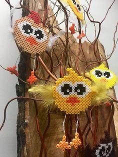Hama Beads Patterns, Beading Patterns, Bead Crafts, Diy And Crafts, Motifs Perler, Melting Beads, Easter Crafts, Perler Beads, Diy For Kids