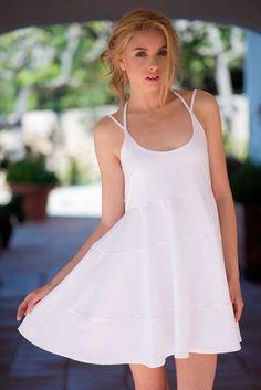 Vestidos de blanco de algodón hechos en Barcelona www.isabelasbcn.com