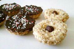 Košíčky, recept, Drobné pečivo | Tortyodmamy.sk Doughnut, Cupcakes, Food, Basket, Cupcake Cakes, Essen, Meals, Yemek, Cup Cakes