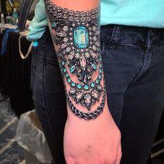 Cool Back Tattoos, Cool Shoulder Tattoos, Cool Chest Tattoos, Chest Tattoos For Women, Girls With Sleeve Tattoos, Arm Sleeve Tattoos, Sexy Tattoos For Girls, Back Tattoo Women, Sparkle Tattoo