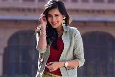 "Yeh Rishtey Hain Pyaar Ke Actress Rhea Sharma Says, ""Marriage Comes With An Expiry Date"" Indian Tv Actress, Beautiful Indian Actress, Beautiful Actresses, Indian Actresses, Bollywood Couples, Bollywood Dress, Bollywood Celebrities, Cute Girl Pic, Cute Girls"