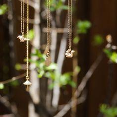 Colliers dorés | Golden necklaces