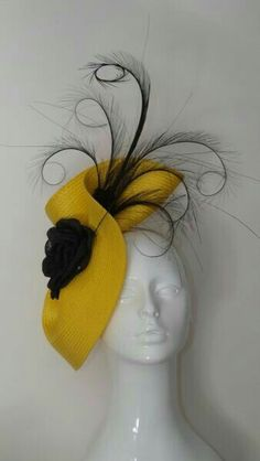 Nadire Atas on Women's Fascinators All Things Millinery Facinator Hats, Fascinators, Headpieces, Look Vintage, Vintage Hats, Vintage Purses, Ascot Hats, Crazy Hats, Millinery Hats