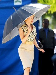 Scarlett Johansson as Janet Leigh in the upcoming film Hitchcock. (Using an umbrella as shade). Looks amazing!