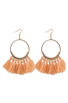 Cercei cu ciucuri apricot Bohemian, Earrings, Jewelry, Fashion, Moda, Stud Earrings, Bijoux, Ear Piercings, Jewlery