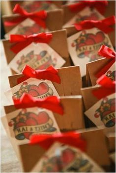Very cool favors, I love the tattoo type design on the boxes. Very unique and you could personalize with your names scrolled across the heart, or the wedding date.