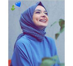 Modest Fashion Hijab, Abaya Fashion, Muslim Fashion, Modest Outfits, Hijab Dress Party, Hijab Outfit, Hijabi Girl, Girl Hijab, Beautiful Muslim Women