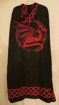 BLACK & RED DRAGON CELTIC KNOT CLOAK / CAPE PAGAN WICCA RITUAL ROBE - NEW