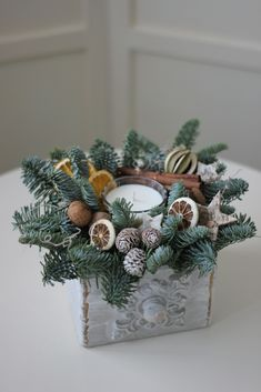 Aranjament pentru Crăciun – Flowers of Soul Christmas Wreaths, Holiday Decor, Home Decor, Decoration Home, Room Decor, Advent Wreaths, Interior Decorating