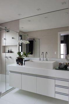 50 ideas for bathroom modern black cabinets Bathroom Cabinet Redo, Bathroom Mirror Design, Modern Master Bathroom, Bathroom Design Luxury, Small Bathroom, Bathroom Black, Modern Bathroom Mirrors, Brass Bathroom, Bath Design