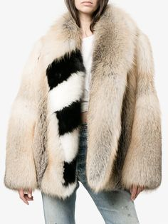 Shop Off-White oversized diagonal stripe coat from our Faux Fur & Shearling Coats collection. Off White Coat, Fur Oversize, Peau Lainee, Shearling Coat, Minimalist Fashion, Womens Fashion, Ladies Fashion, Long Sleeve, How To Wear