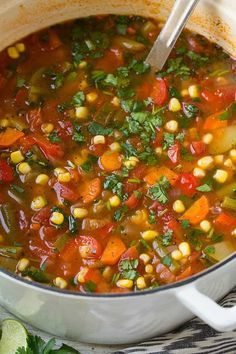 Mexican Vegetable Soup - A deliciously healthy, low fat, low calorie soup that's packed with lots of vegetables! It has so much delicious Mexican fresh Mexican Vegetable Soup, Mexican Vegetables, Vegetable Soup With Chicken, Veggies, Veggie Recipes, Mexican Food Recipes, Soup Recipes, Cooking Recipes, Healthy Recipes