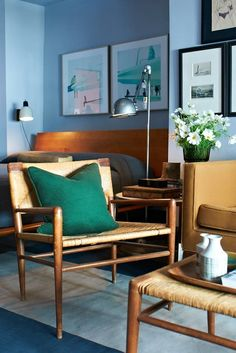 How To Make Big, Bold Colors Work in Your Small Space | For most small spaces, the color of choice is white. White is bright, it's safe, it makes small rooms seem larger. But that doesn't mean that color doesn't have a place in petite spaces. Here are five apartments that buck the trend, and prove that sometimes, a little bit (or a lot) of color in a small space can be just right.