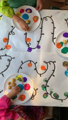 Potato Stamped Christmas Lights Activity - HAPPY TODDLER PLAYTIME