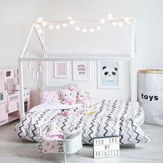 Love the toys bag