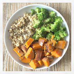 Such a deliciously simple lunch today ❤️ Brown rice with hemp seeds, steamed broccoli and sweet potato all drizzled with a mix of tahini, olive oil, sesame oil and apple cider vinegar. Feeling so good after this! by deliciouslyella