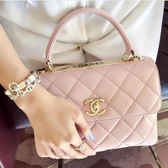 """5df01f8884a1 Billion Dollar Wishes on Instagram: """"#Chanel pink bag 💗 pic by @jys_c"""""""