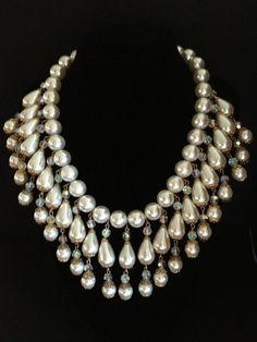 Vintage PEARL FRINGE BIB Necklace - Aurora Borealis