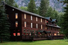 "A romantic getaway where nature is the star. Another pinner said: ""The Wallowa Lake Lodge, in Joseph, Oregon, was one of Sunset magazine's Top 10 Lakeside Resorts in August 2007. While there, check out the Wallowa Lake Tramway"""