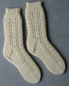Shetland Lace Rib Socks knit in Opal UNI-Solid Free Pattern Lace Socks, Crochet Socks, Knitted Slippers, Slipper Socks, Knit Socks, Crochet Granny, Knitted Socks Free Pattern, Crochet Stitch, Lace Knitting