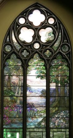Second Presbyterian Church of Chicago | Louis C. Tiffany, Pastoral Window