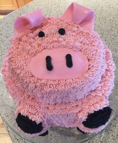 The Pig Cake for our pig roast birthday party. 2 Year Old Birthday Cake, Pig Birthday Cakes, Minion Birthday, Birthday Cake Girls, Barnyard Cake, Farm Cake, Farm Animal Birthday, Farm Birthday, Pig Roast Party