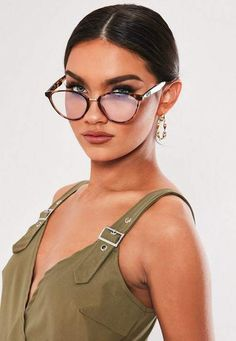 976356f4c1e2 23 Best Tortoiseshell Glasses images in 2018 | Tortoiseshell glasses ...