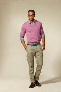 Tommy Hilfiger ANDRE DOUGLAS | Love the sweater. Cargo pants, not so much. | GUYSwithGLASSES