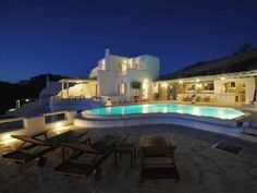 Super villa in Mykonos for holiday rentals. In unique location near Ornos beach. Tranquility and comfort on a intense Greek island full of surprises.   www.vango-estates.com