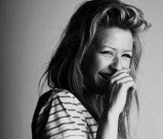 Ellie Goulding - Black and White