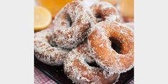 Valmista Munkkirinkelit tällä reseptillä. Helposti parasta! Finnish Recipes, Sweet Pastries, Doughnut, Donuts, Sweet Treats, Rolls, Sweets, Bread, Baking