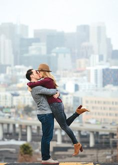 Brides: San Francisco Locations for Breathtaking Engagement Photos