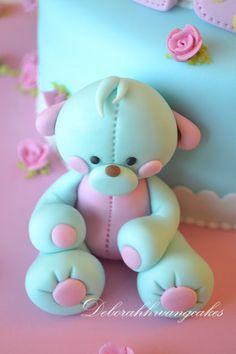 Deborah Hwang Cakes: How to make polka dot cake // Teddy Bear est un animal de compagnie a par entière !!