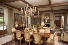 A chandelier rustic and gorgeous design to decorate a room of main life