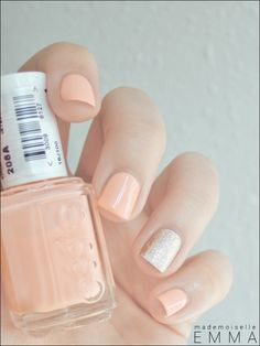peach and metallic nails