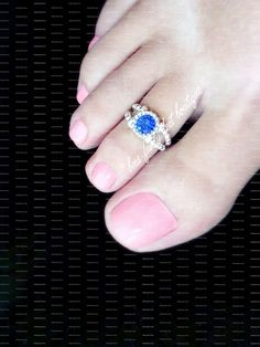 Toe Ring - Sapphire Glass - Silver Stretch Bead Toe Ring