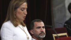 Ana Pastor no ordenó retirar la bandera republicana porque el bien mayor era no interrumpir al Rey