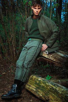 Mens-Week-Green-Beret-Fashion-Editorial-Military-Mens-Trends-011