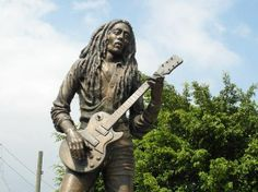 Statue Of Bob..Not a good likeness of him at all