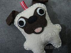 El pug (Mari OMDog!) Tags: dog pug cachorro feltro chaveiro