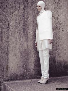 'Vertical' Fashion Collection 2012 // Libor Komosny | Afflante.com