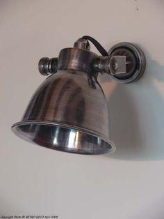 Décoration rétro pour ce luminaire rétro en nickel patiné de chez Chehoma. Et sur Rétro Déco, des objets de décoration maison pour votre intérieur dans une ambiance déco rétro, campagne, brocante, cosy et de charme.