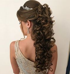 Ideas For Hair Waves Updo Braids Quince Hairstyles, Curled Hairstyles, Bride Hairstyles, Elegant Hairstyles, Curly Wedding Hair, Prom Hair, Bridal Hair, Wedding Hairstyles Half Up Half Down, Best Wedding Hairstyles