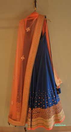 Love the color comb~ Madsam Tinzin Summer 2014 collection. The colour combination and border for a sari. Pakistani Dresses, Indian Sarees, Indian Dresses, Indian Outfits, Indian Attire, Indian Ethnic Wear, Ethnic Fashion, Asian Fashion, Blue Lehenga