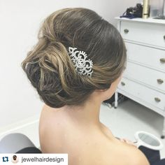 "Love this gorgeous updo from our friends at Jewel Hair Design featuring our ""Sahar"" rhinestone vintage bridal hair comb. ・・・ Use code: Jewelhairdesign10 at checkout for 10% off!"