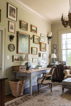 Decorating Your Home, Interior Decorating, Interior Design, Piece A Vivre, Home Office Decor, Home Decor, Furniture Arrangement, Shabby Chic Furniture, Geek Furniture